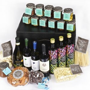 Typical italian delicatessen – extra luxury hamper